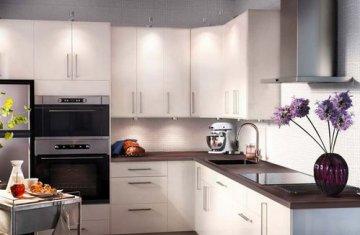 Выбираем цвет столешницы для светлого кухонного гарнитура