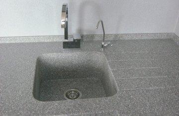 Інтегровані мийки зі штучного каменю
