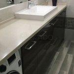Стільниця для ванної: особливості
